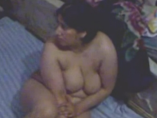 Dp fhg 627. Mature aunty showing her heavy tits