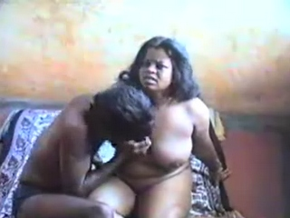 Dp fhg 642. Mature desi couple having a sex in bedroom