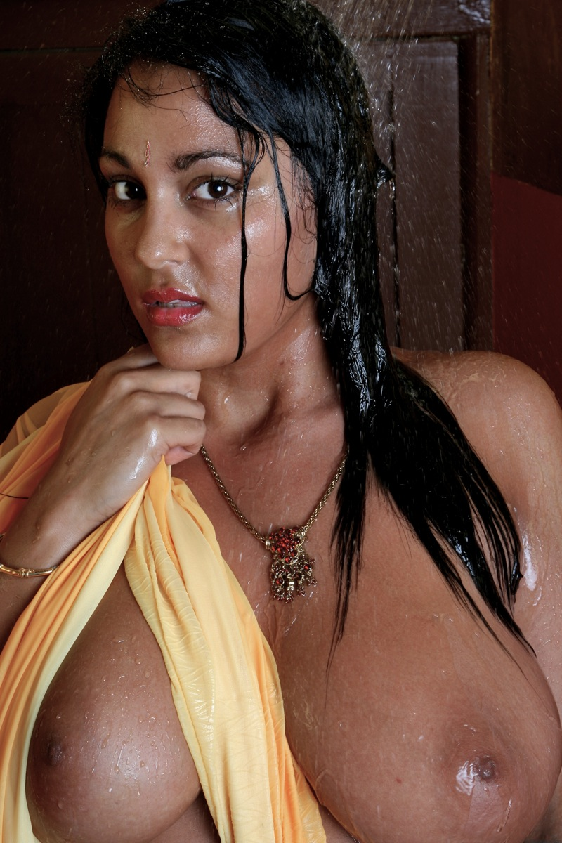 Picture gallery 23. Hot indian babe keira love wet