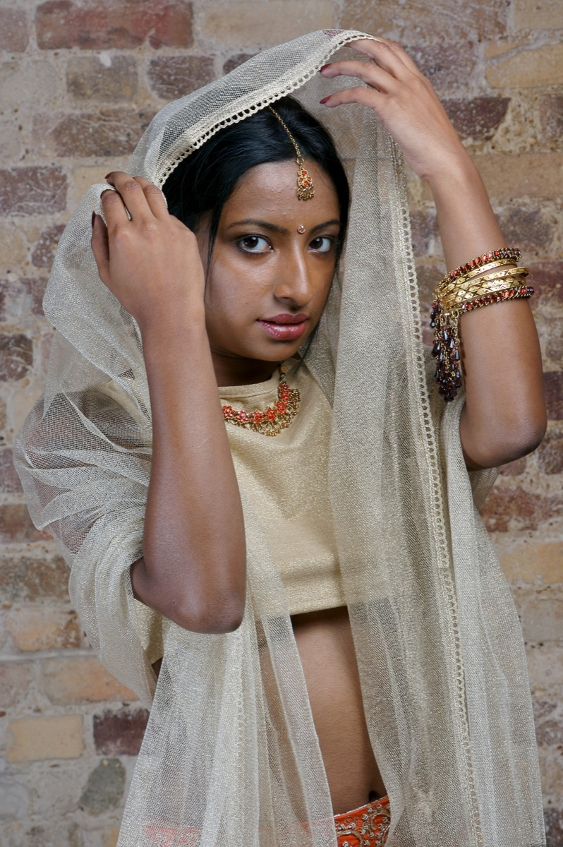Picture gallery 34. Hot bengali girl Asha in horny indian outfits