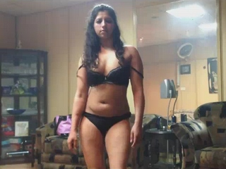 Dp fhg 732. Pakistani exciting wife dancing in bra and panty for her man