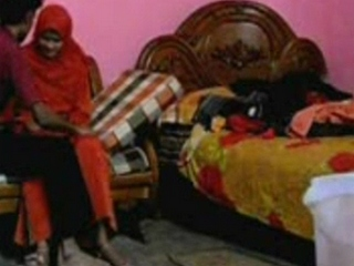 Dp fhg 818. Indian college babe salma secretly make love and recorded by bf