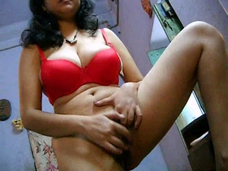 Dp fhg 842. Bengali babe shabnum rubbing her hairy pussy