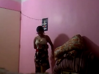 Dp fhg 884. Bhabhi changing her dress recorded by her dewar