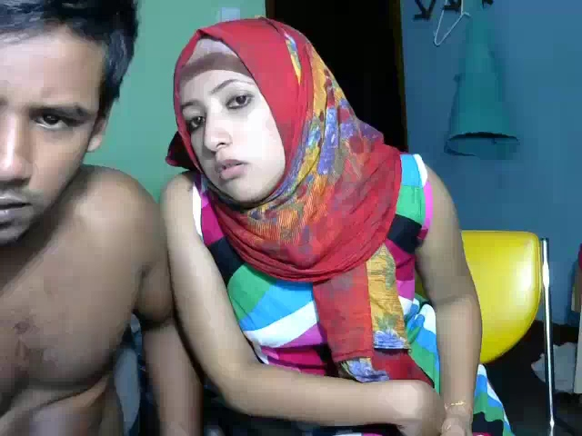 Dp fhg 898. Srilankan married couple on live cam blowjob and fuck