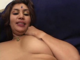 Dp fhg 225. Girl showing juise of her kitty