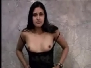 Dp fhg 331. Naughty girl showing her tits