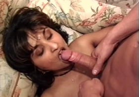 Dp fhg 454. Desi Indian girl showing her tits